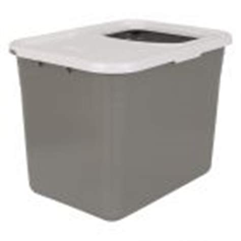 Covered Cat Litter Trays: great selection at zooplus